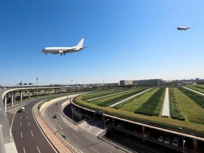 3月29日零时起,恢复湖北省除武汉天河机场外其他机场的国内客运航班