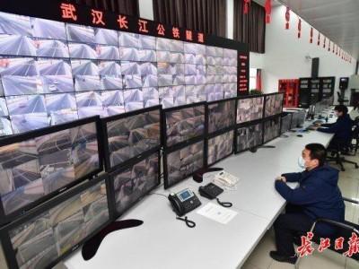 """每隔2小时开启82台风机,长江公铁隧道开启""""强通风模式"""""""