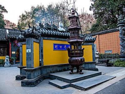 王忠林调研东风公司并召开座谈会 全力支持企业在汉做大做强