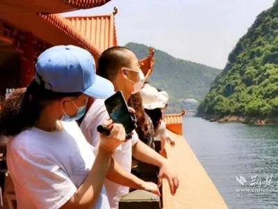 五一小长假首日,湖北22个重点景区迎客10万人