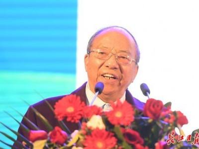 中科院院士谢华安:希望多培育超级品种,让普通人也能好好吃饭。