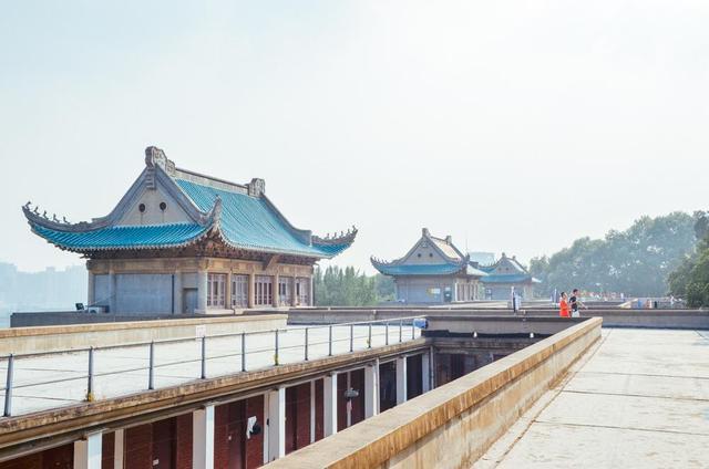 为什么学校都能成旅游景点?看看武汉大学就知道了! 第2张