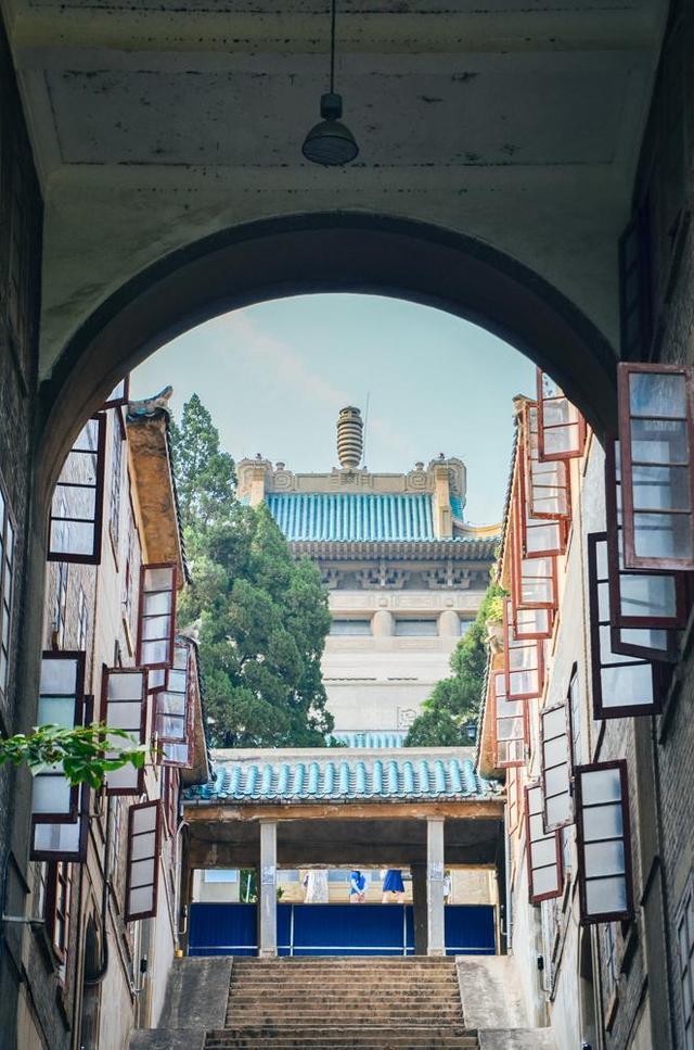 为什么学校都能成旅游景点?看看武汉大学就知道了! 第4张