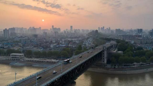 这就是今天早上的武汉! 第8张