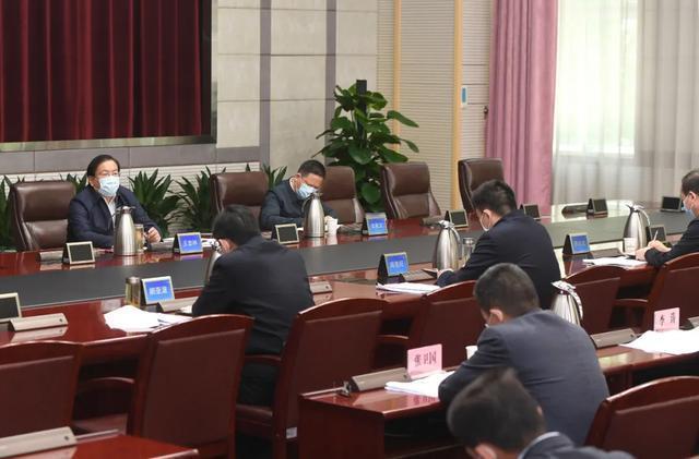 王忠林走访市人大常委会市政府市政协机关 推动武汉经济社会疫后重振 第4张