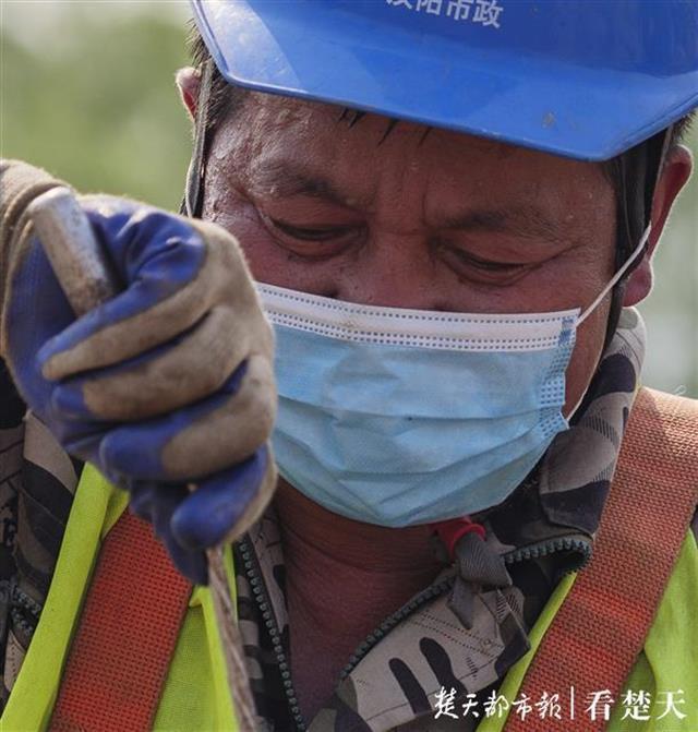"""全力以""""复""""吹响冲锋号,记者拍摄武汉重点工程开工 第6张"""