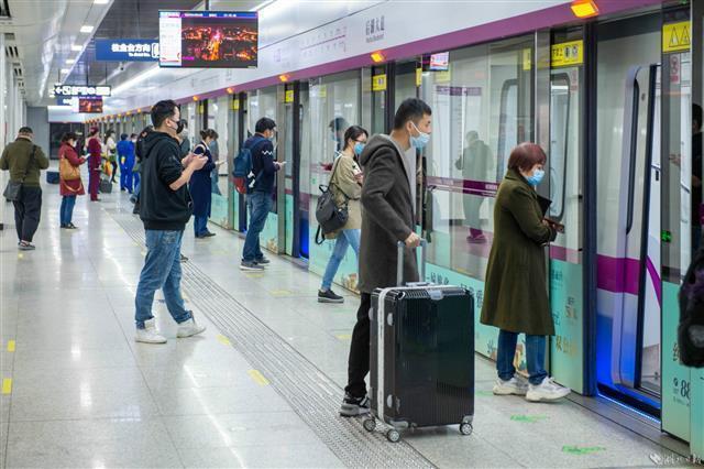 武汉地铁恢复全线网运行 第4张