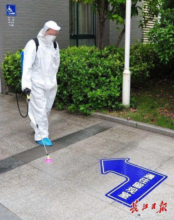 初三学生复学一天怎么玩?武汉市这一区中学应急预案演练为复课做准备 第4张