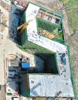 """称为""""武汉最智能化系统中小学"""",""""长江新城第一校""""2号楼建好 第2张"""