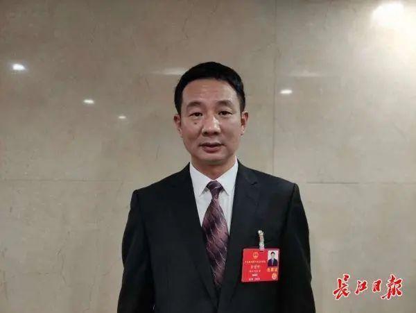 """全国性人民代表联名鞋提议全力支持基本建设武汉市天河机场综合性枢纽站,以基本建设""""中华民族高架桥""""为总体目标顺通全世界 第5张"""