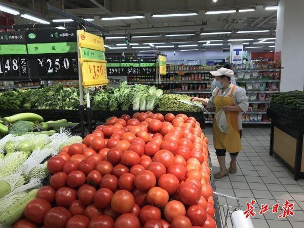 武汉市重中之重商场超市全体人员做dna检测,顾客:逛街购物更安心了|早上好武汉市 第2张