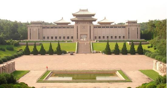湖北省团意味着强烈反响习近平总书记报名参加内蒙古自治区访问团决议时的重要批示 第1张