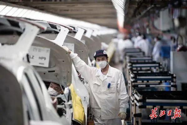 """经营环境排行全国性前十:""""双手""""托起经济发展,公司搏出""""武汉市瞬时速度"""" 第3张"""
