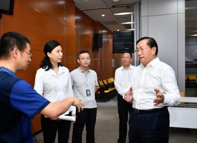 王忠林调查稳就业保民生工作中:构建更强创业创新自然环境和气氛 第2张