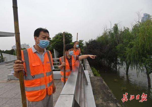 """汉阳80多名""""小区第一书记""""火线零线增援出任哨长 第2张"""