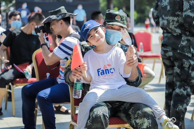 军警民乐游恐龙园,尊享HOHA音乐节 第2张