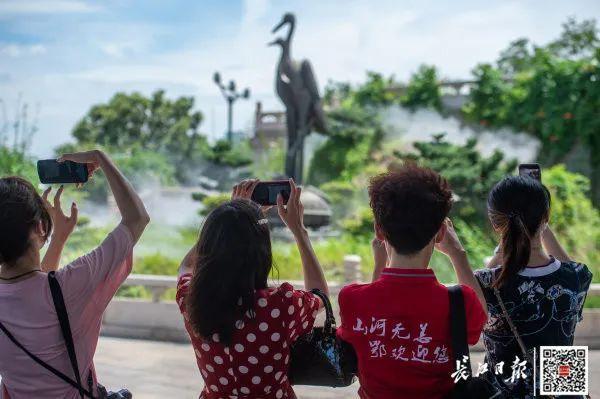 """援鄂医疗组工作人员重返湖北省,打开""""打卡签到大武汉""""之行 第7张"""