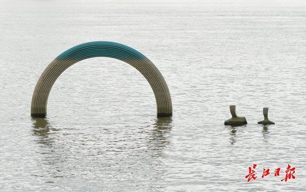 经历潮涨跌,江滩美仍然|标准图集 第2张