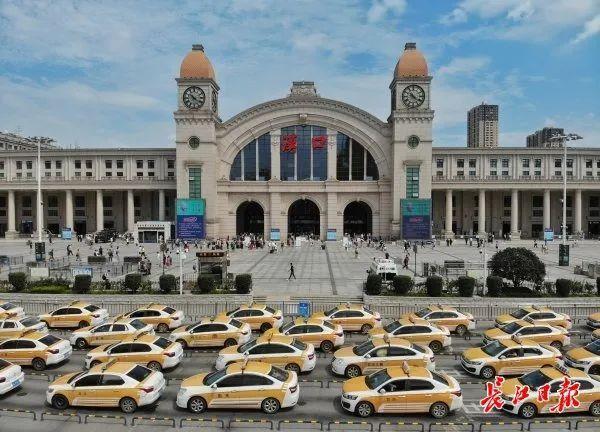 聚焦点|湖北省武汉景区免费参观当日人气值超旺!旅游景区服务项目防治抓牢 第3张