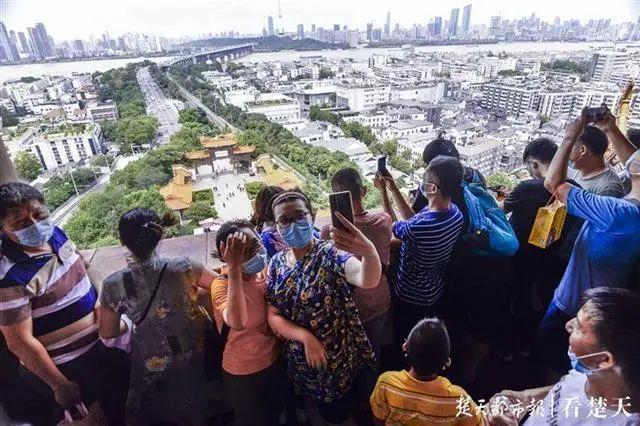 聚焦点|湖北省武汉景区免费参观当日人气值超旺!旅游景区服务项目防治抓牢 第7张