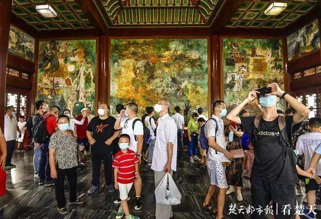 聚焦点|湖北省武汉景区免费参观当日人气值超旺!旅游景区服务项目防治抓牢 第11张