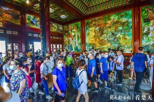 聚焦点|湖北省武汉景区免费参观当日人气值超旺!旅游景区服务项目防治抓牢 第10张