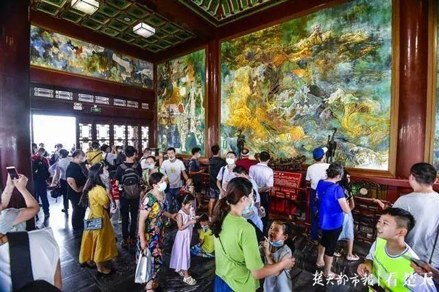 聚焦点|湖北省武汉景区免费参观当日人气值超旺!旅游景区服务项目防治抓牢 第12张