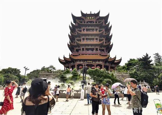 聚焦点|湖北省武汉景区免费参观当日人气值超旺!旅游景区服务项目防治抓牢 第13张