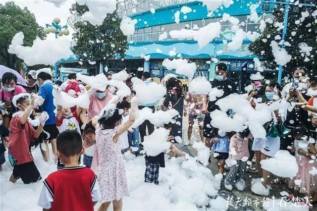 聚焦点|湖北省武汉景区免费参观当日人气值超旺!旅游景区服务项目防治抓牢 第19张