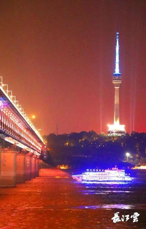 度假旅游|明日起,武汉市两江游玩旅游船宣布复航 第3张