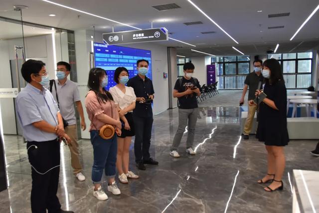 经济特区40年|深圳宝安区:产业结构升级与绿色生态整治并驾齐驱 第2张