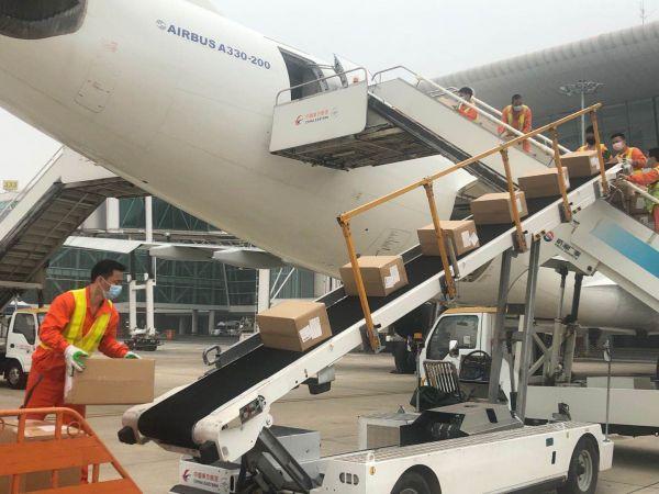 武汉市将启用至日本大阪全货运物流航道,天河机场国际物流航运点已达32个 第1张