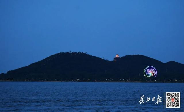 外省人一波一波组队来!武汉市各种旅游景点每日近五万人打卡签到,外出必读 第2张