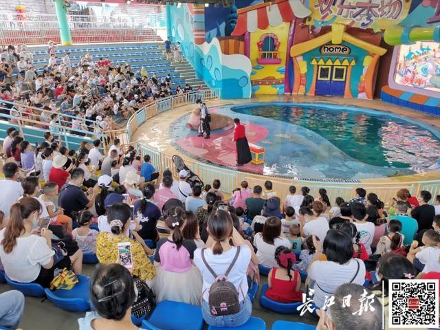 外省人一波一波组队来!武汉市各种旅游景点每日近五万人打卡签到,外出必读 第10张