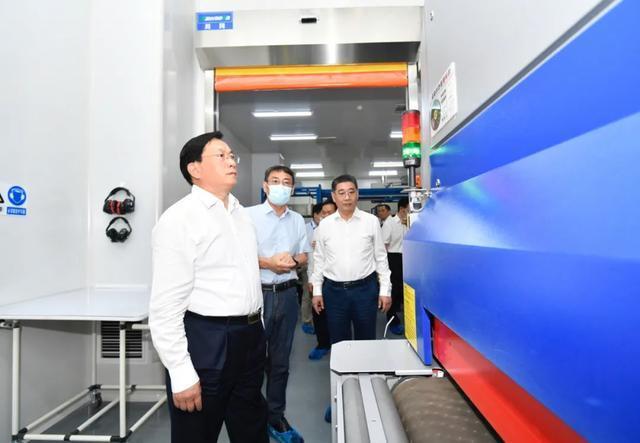 王忠林调查武汉开发区:思想解放、胆大自主创新,做好高质量发展标杆 第5张