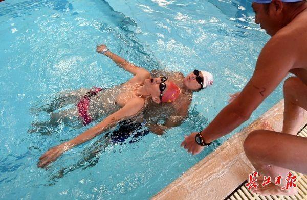 """千名""""水里高手""""猛烈大比拼,丹江人钟爱的游泳赛来啦 第2张"""