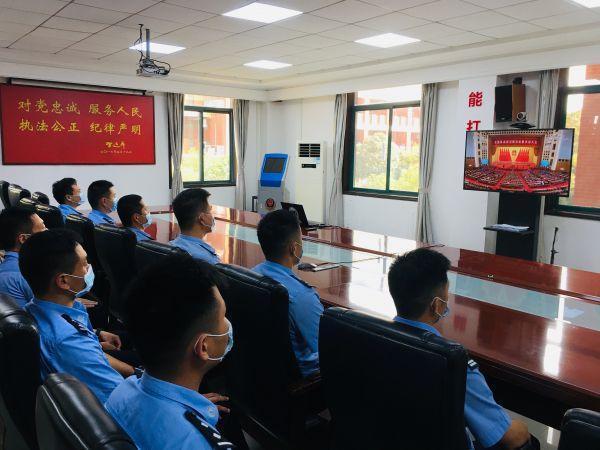 武汉警方:继续保持战疫精神实质 不辱汉警义务重任 第1张