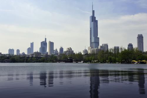 武汉机场七大工程集中签约,总投资约116亿元 第1张