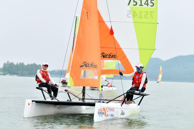 东湖赛展现出蓬勃的风采,武汉站2020帆船赛收帆 第2张