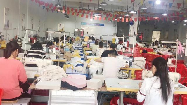从每月0到百万,武汉女装商家在品多多实现了人生反击 第4张