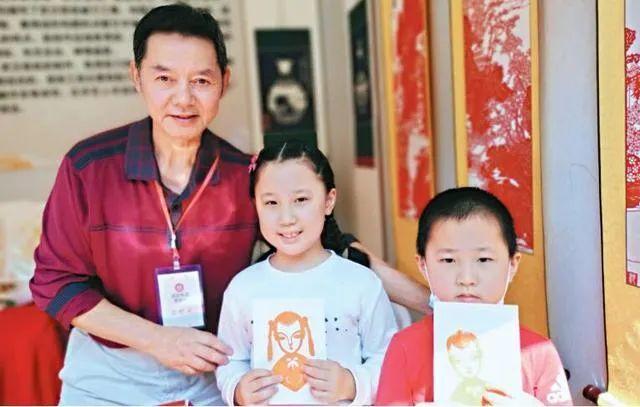 旅游|中国歌剧在游轮上演唱,东湖推动艺术嘉年华...中国文化在国庆节的中秋节绽放 第4张