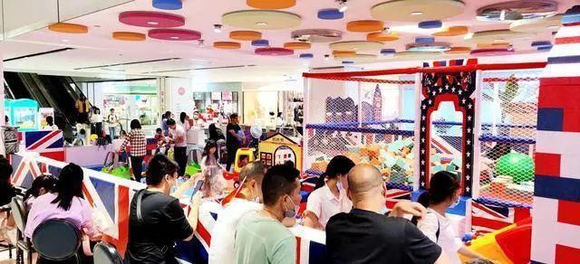 产经|国庆中秋祝福,武汉很多商业区客流量超过去年同期 第3张