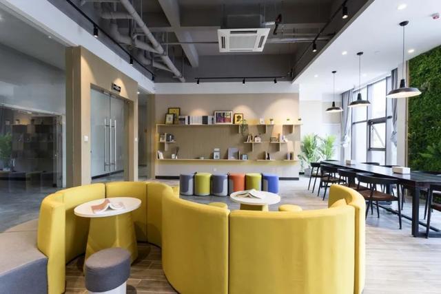 """""""舒适的入住让我安心的待在武汉""""!光谷的5000套公寓帮助大学生留在汉 第6张"""