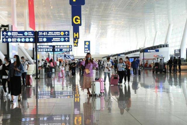 在新的航空季,南航继续加大运力投入,建设武汉始发航空快线 第2张