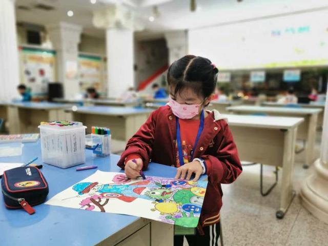 400多名武汉市少年儿童书画大赛今天举行 第5张