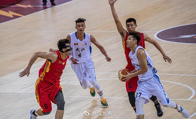 洞庭德比战辉煌,武汉当代100-95队历史首次拿下长沙 第1张