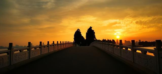 """摄影师的眼睛向你展示了各种各样的""""东湖桥"""" 第3张"""