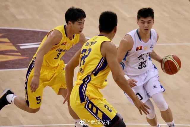 武汉当代以72-87不敌陕西信达,锁定联赛第四。 第1张