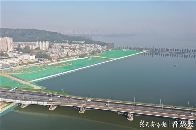 """两湖隧道首开段基本完成,生态围合为东湖""""加分项"""" 第3张"""