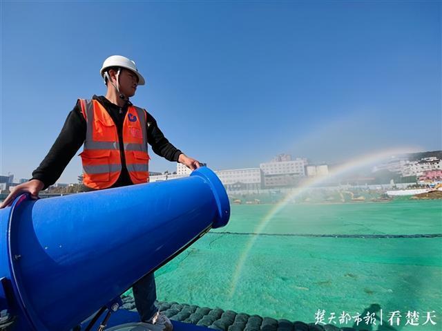 """两湖隧道首开段基本完成,生态围合为东湖""""加分项"""" 第2张"""